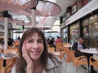 418 Carla Guelfenbein